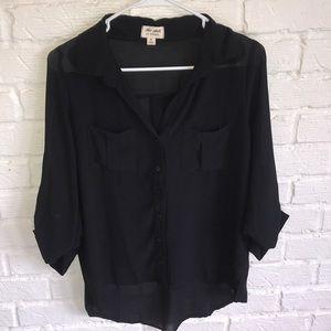 Tops - Women's black sheer blouse!!!